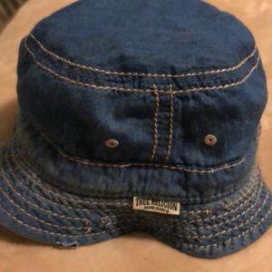 True religion bucket hat Reversible denim & Tan